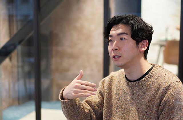 https://mugenlabo-magazine.kddi.com/wp-content/uploads/2021/01/fujii-03-680420-640x420.jpg
